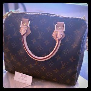 """Louis Vuitton Speedo Bandolier 25"""" pristine !!!"""